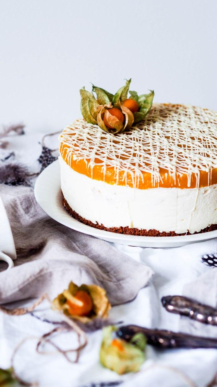 mangowhitechocolatecake-3225754